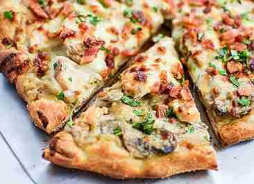 پیتزا گوشت و قارچ بدون فر